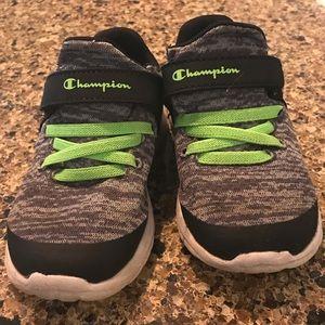 Champion toddler size 8 sneaker